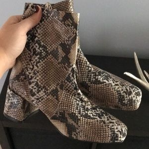 Brand New Topshop Snake Embossed Boots
